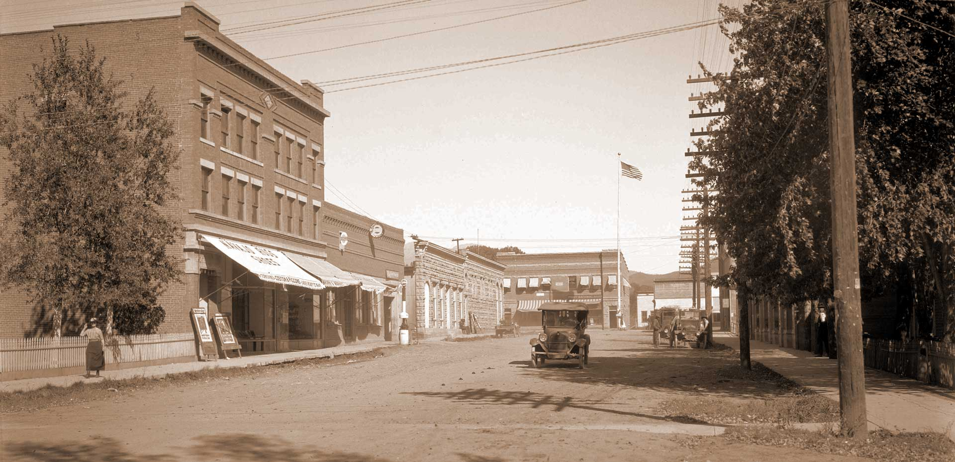 Downtown Mancos